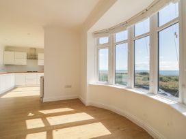 Apartment 2 - Dorset - 1054178 - thumbnail photo 6