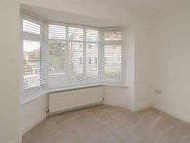 Apartment 2 - Dorset - 1054178 - thumbnail photo 8