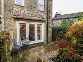 End Cottage - Yorkshire Dales - 1054276 - thumbnail photo 22