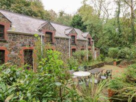 5 bedroom Cottage for rent in Milford Haven