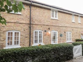Swallow Cottage - Kent & Sussex - 1054309 - thumbnail photo 1