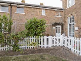Swallow Cottage - Kent & Sussex - 1054309 - thumbnail photo 18
