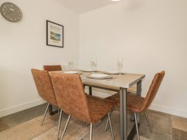 4 Trerammet Crescent - Cornwall - 1054473 - thumbnail photo 4