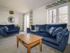 4 Trerammet Crescent - Cornwall - 1054473 - thumbnail photo 8