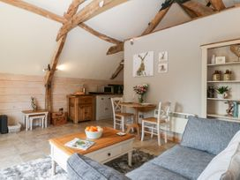 The Barn at Rapps Cottage - Somerset & Wiltshire - 1054569 - thumbnail photo 12