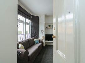 Northgate Ground Floor Flat - Norfolk - 1054658 - thumbnail photo 4