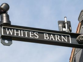 Whites' Barn - Peak District - 1054683 - thumbnail photo 2