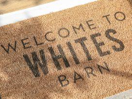 Whites' Barn - Peak District - 1054683 - thumbnail photo 3