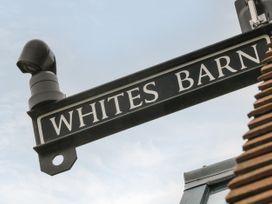 Whites' Barn - Peak District - 1054683 - thumbnail photo 4