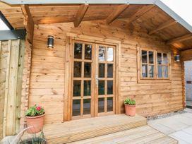 Beechwood Cottage - Scottish Lowlands - 1054684 - thumbnail photo 25