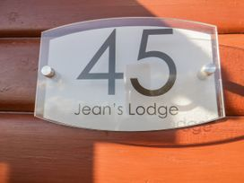 Jean's Lodge- Malton Grange - Whitby & North Yorkshire - 1054980 - thumbnail photo 3
