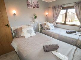 Jean's Lodge- Malton Grange - Whitby & North Yorkshire - 1054980 - thumbnail photo 11