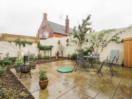 Gabby's Garden Cottage - Whitby & North Yorkshire - 1055005 - thumbnail photo 20