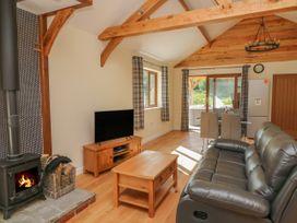 Ploony Hill Cabin - Mid Wales - 1055053 - thumbnail photo 5