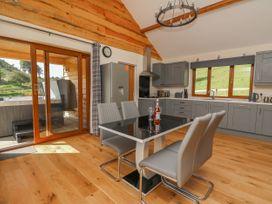 Ploony Hill Cabin - Mid Wales - 1055053 - thumbnail photo 8