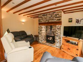 Ploony Barn - Mid Wales - 1055054 - thumbnail photo 2