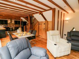 Ploony Barn - Mid Wales - 1055054 - thumbnail photo 3