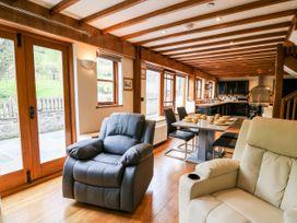 Ploony Barn - Mid Wales - 1055054 - thumbnail photo 4