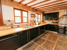 Ploony Barn - Mid Wales - 1055054 - thumbnail photo 8