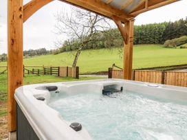 Ploony Barn - Mid Wales - 1055054 - thumbnail photo 23
