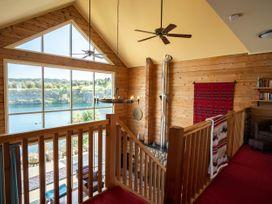 Casa Loma - Lake District - 1055063 - thumbnail photo 3