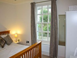 Crown Cottage - South Wales - 10551 - thumbnail photo 7