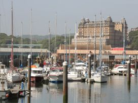 Hatbox Holiday Home - Whitby & North Yorkshire - 1055143 - thumbnail photo 17