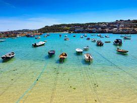 The Beach Hut - Cornwall - 1055165 - thumbnail photo 24