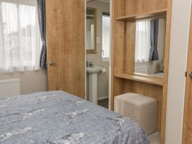 Daisy Lodge - Whitby & North Yorkshire - 1055603 - thumbnail photo 8