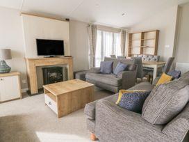 Daisy Lodge - Whitby & North Yorkshire - 1055603 - thumbnail photo 3