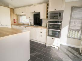 Daisy Lodge - Whitby & North Yorkshire - 1055603 - thumbnail photo 6