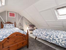 Knot Cottage - Kent & Sussex - 1055679 - thumbnail photo 13
