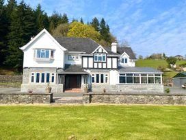 5 bedroom Cottage for rent in Conwy