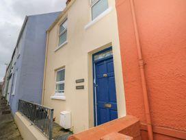 5 bedroom Cottage for rent in Tenby