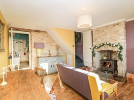 2 Jubilee Cottages - Cotswolds - 1055915 - thumbnail photo 5