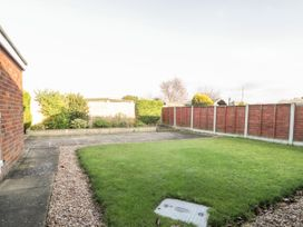 Mundare Cottage - Whitby & North Yorkshire - 1055930 - thumbnail photo 17