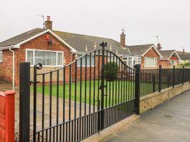 Mundare Cottage - Whitby & North Yorkshire - 1055930 - thumbnail photo 15