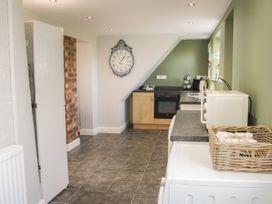 1 Royal Oak Cottages - Shropshire - 1056008 - thumbnail photo 13