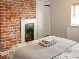 1 Royal Oak Cottages - Shropshire - 1056008 - thumbnail photo 17