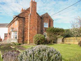 1 Royal Oak Cottages - Shropshire - 1056008 - thumbnail photo 24