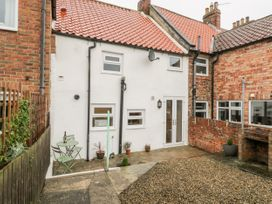 Barnaby Cottage - Whitby & North Yorkshire - 1056106 - thumbnail photo 23