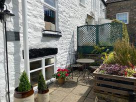 Workshop Cottage - Lake District - 1056136 - thumbnail photo 2