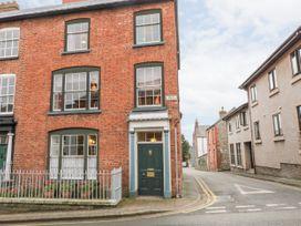5 bedroom Cottage for rent in Denbigh