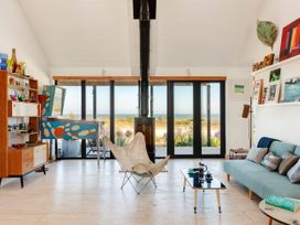 The Artists House by The Sea - Kent & Sussex - 1056164 - thumbnail photo 4