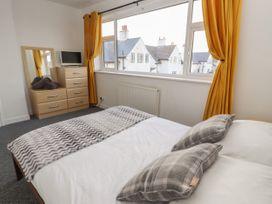 Ty Haf Summerhouse - North Wales - 1056234 - thumbnail photo 13