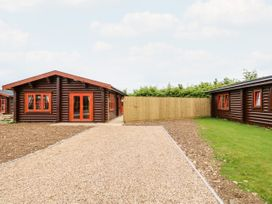 Rowan Lodge - Lincolnshire - 1056286 - thumbnail photo 2