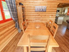 Maple Lodge - Lincolnshire - 1056287 - thumbnail photo 10