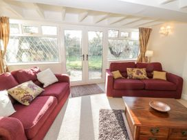 Ailsa Cottage - Whitby & North Yorkshire - 1056331 - thumbnail photo 5