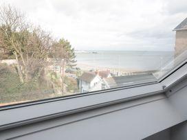 Beach House - North Wales - 1056405 - thumbnail photo 25