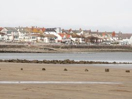 Beach House - North Wales - 1056405 - thumbnail photo 38
